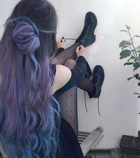 @rightmew, insta girl and purple hair