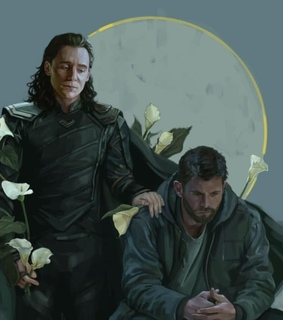chris hemsworth, hiddlesworth and loki laufeyson