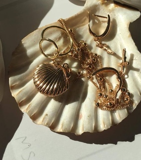 jewelry, beauty and gold