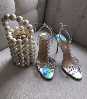 glamour, stilettos and shoes