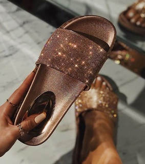 diamonds, sandals and rich