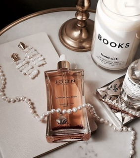 candles, chic and classy