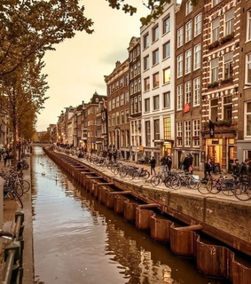 Houses, adventure and amsterdam