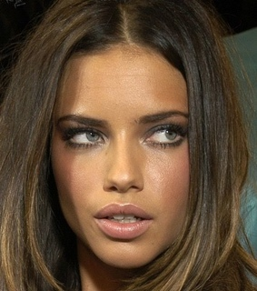 Adriana Lima, style and hairstyle