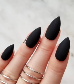 rings, nails and black