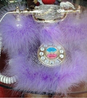 2000s, dial phone and fluffy