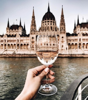 architecture, wanderlust and nails