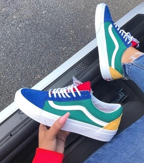 color, sneakers and vansofthewall