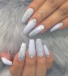 icy, nails and pretty