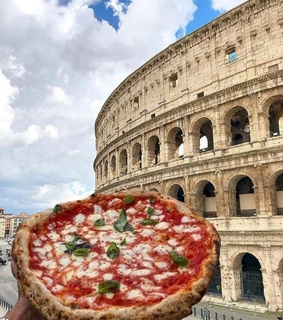 wanderlust, colosseum and food porn