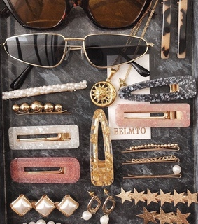 jewelry, glasses and pink