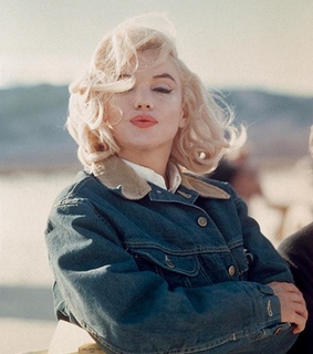 Marilyn Monroe, 60s and blonde
