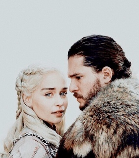 aegon targaryen, daenerys targaryen and dragon queen