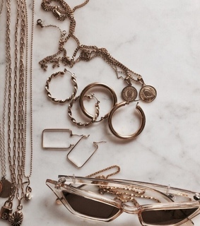 fashion, rose gold and collar