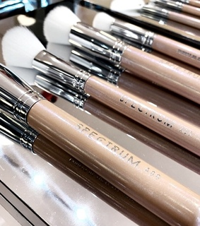 Brushes, beauty and makeup