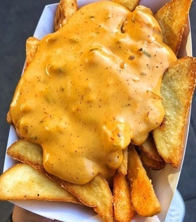 yummy, cheese and fries