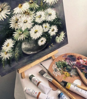 Brushes, art and colours