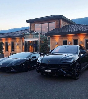 4 4, black and cars