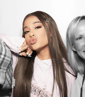 ariana grande, girl and recolor
