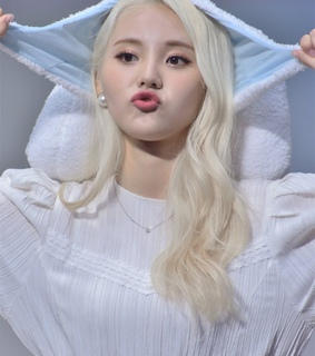 cute, girl group and jinsoul