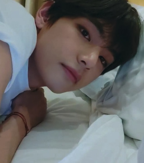 bts edit, taehyung and bts