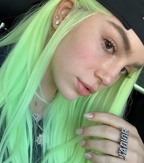 green, colored hair and girls
