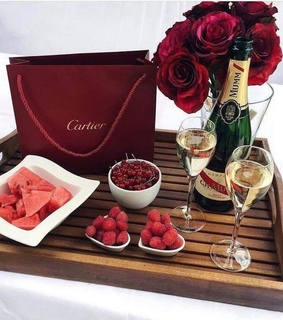 FRUiTS, aesthetic and cartier
