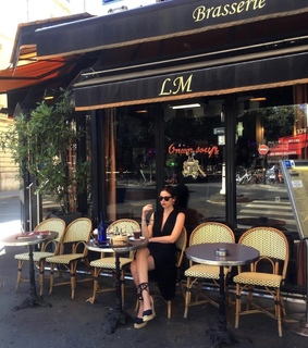 art, cafe and chic