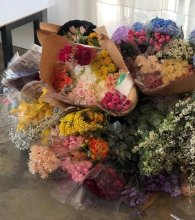 pretty things, flowers and bouquet