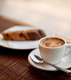 Cookies, biscotti and cafe