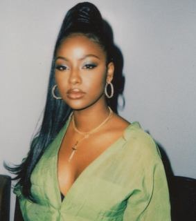 justine skye, on fleek and baddie