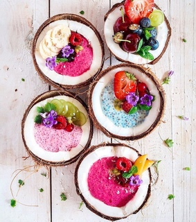 smoothie bowl, coconut and healthy