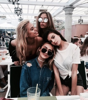 squad goals, family and ?bestfriend