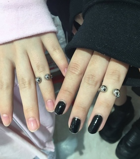 Piercings, japan and nails