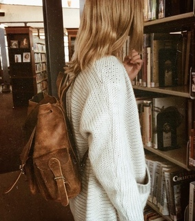 aesthetic, alternative and bookish