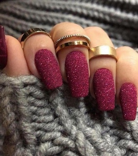 aesthetic, maroon and nails
