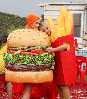 music video, Taylor Swift and katy perry