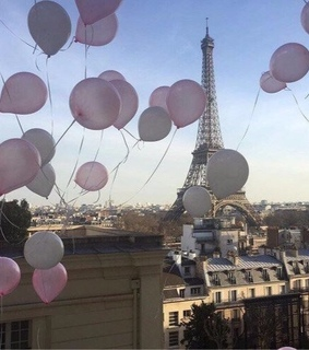 balloons, city and eiffel tower