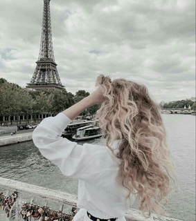 blond hair, curly hair and fashion