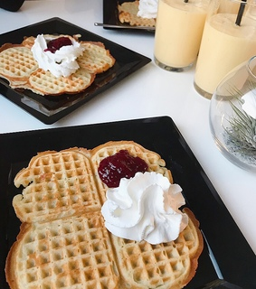 delicious, waffle and food