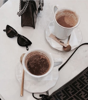 chic, classy and coffe