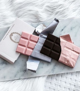 aesthetics, bed and chocolate
