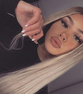 girls, lips and nails