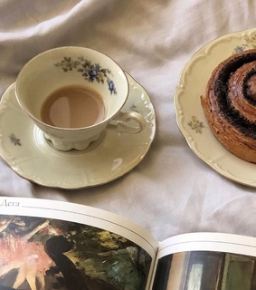 art, cinnamon roll and classical art