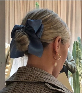 alternative, blue and bow