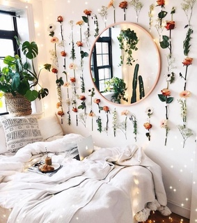 bedroom, flower wall and flowers