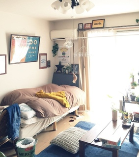 bedroom and home