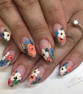 gel nails, flower and spring nails
