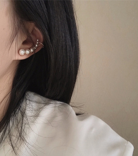 earring, jewelry and pearl