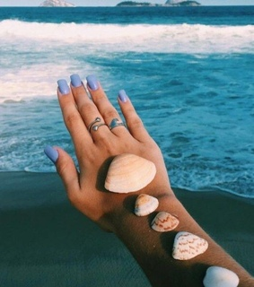 acess, nails and beach